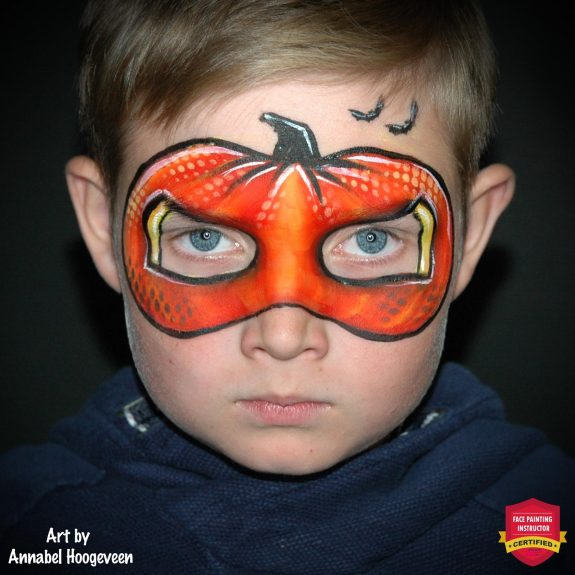 Fast and easy one-stroke Pumpkin Mask 🎃 by Annabel Hoogeveen