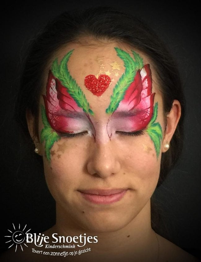 Christmas Fairy face painting - Step 2