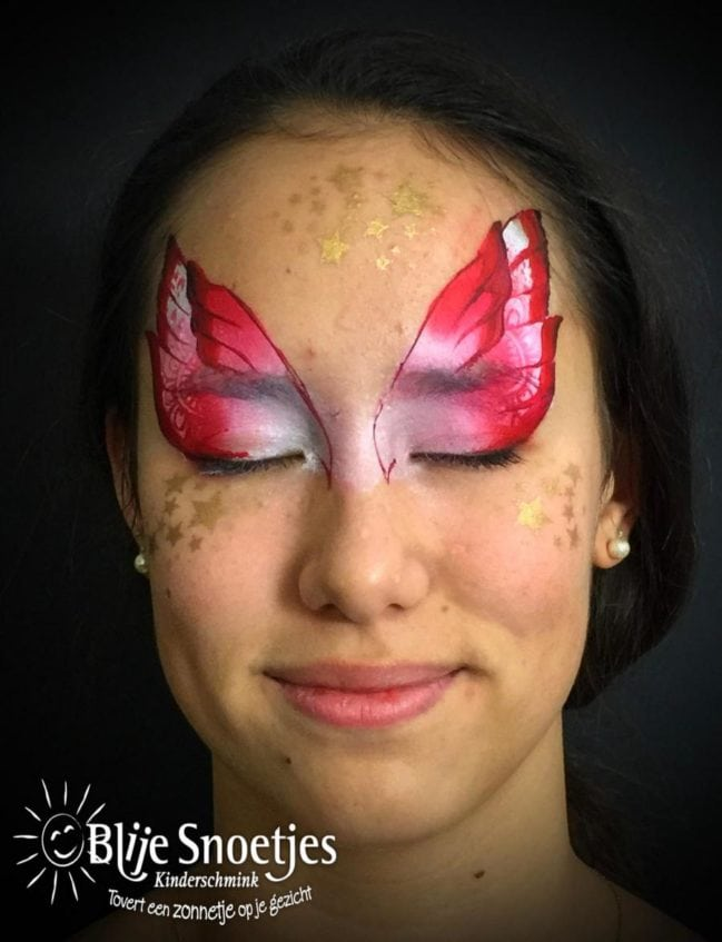 Christmas Fairy face painting - Step 1